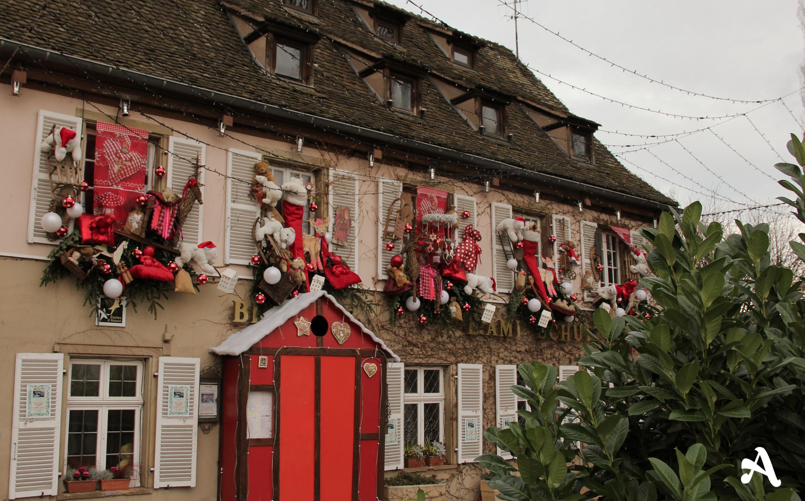 #A82923 Strasbourg Et Son Marché De Noël Awwway 5517 décorations de noel strasbourg 2654x1652 px @ aertt.com
