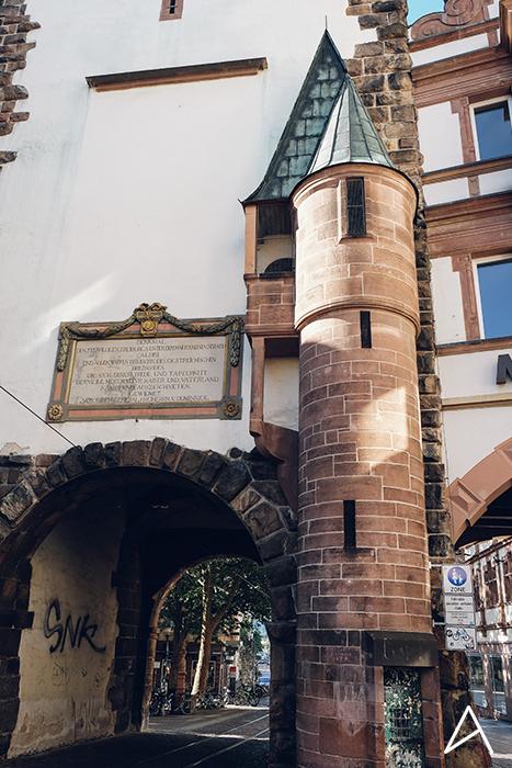 Freiburg_Im_Breisgau_vertical_3