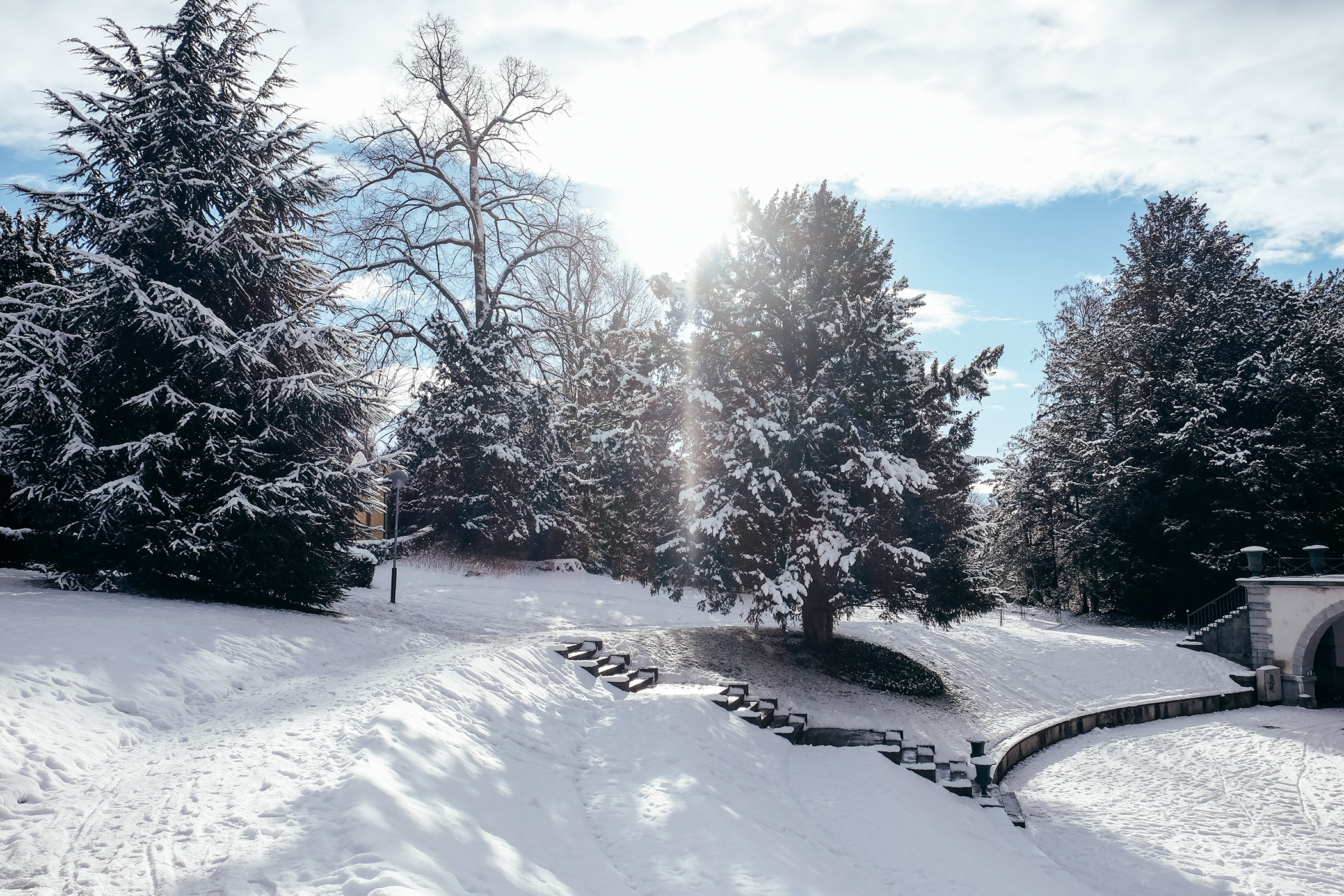 Lausanne-parc-mont-repos-neige-17