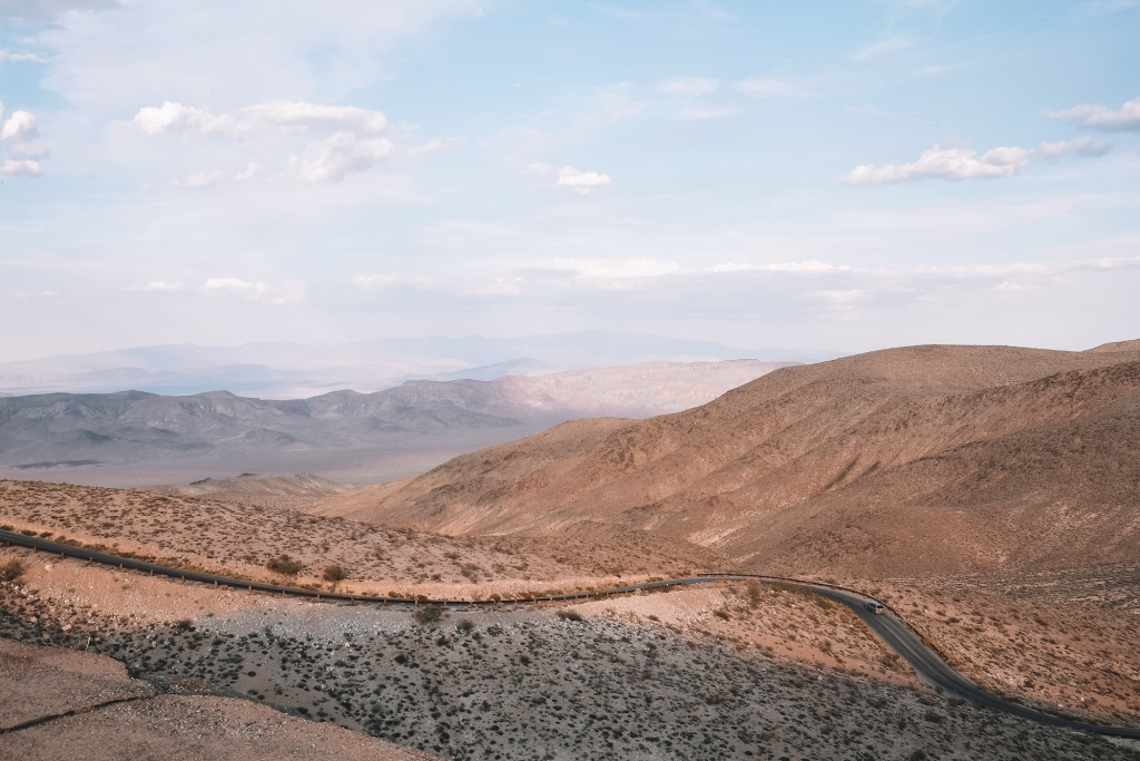 Vue sur la Vallée de la Mort au coucher du soleil