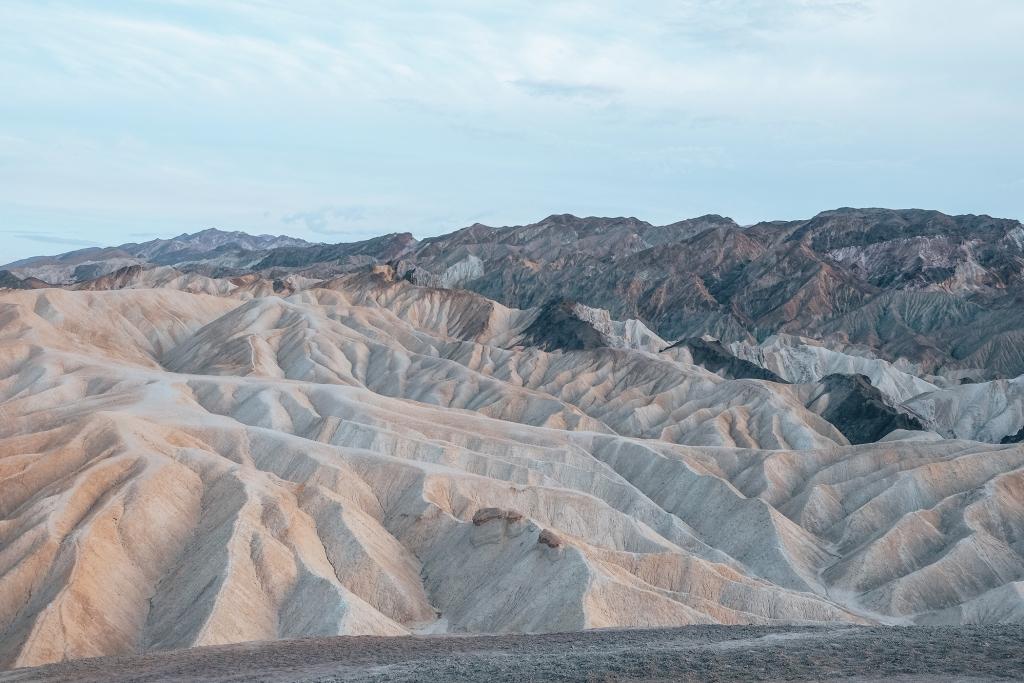 Les dunes de Zabriskie Point au coucher du soleil